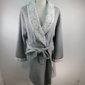 CHARTER CLUB QUILTED GRAY ROBE WITH LACE TRIM XL